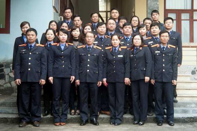 Tập thể cán bộ, công chức, viên chức và lao động VKSND thành phố Cẩm Phả