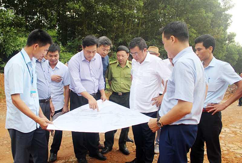 Huyện Hải Hà  phối hợp cùng Tập đoàn TH True Milk khảo sát địa điểm đầu tư Dự án chăn nuôi bò sữa,