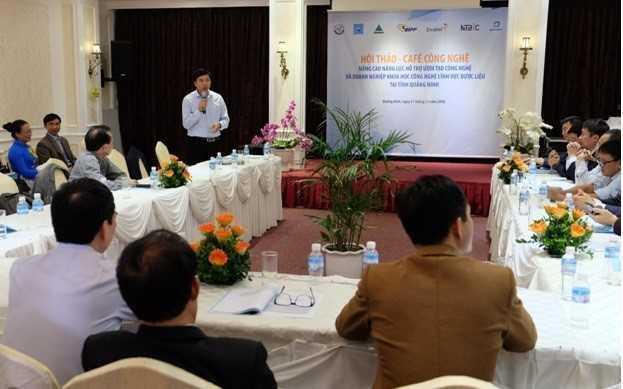 """Quang cảnh Hội thảo - Café Công nghệ """"Nâng cao năng lực hỗ trợ ươm tạo công nghệ và doanh nghiệp KHCN lĩnh vực dược liệu tại tỉnh Quảng Ninh""""."""